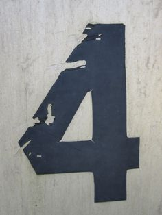 numarul 4